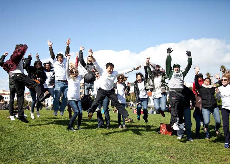 Photo walk flash mob group jump.
